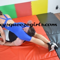 SSG-VC-145-The-Singlet-Squeezes.mp4-10 SSG-VC-145 The Singlet Squeezes