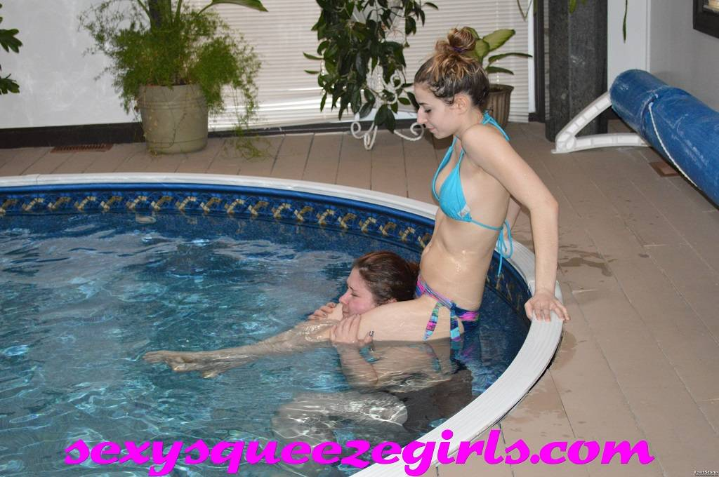 SSG-PS-008 Arianne vs Sam Poolside Scissors