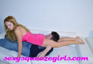Rosalei vs chadam Couch Headscissors